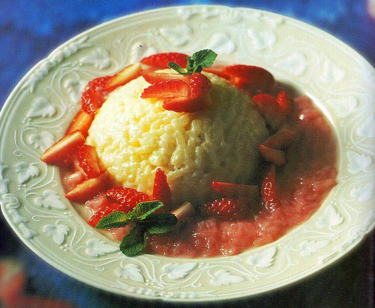 Il Supremo: Budino di riso con fragole e salsa al rabarbaro