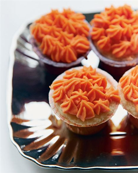 Cupcakes med halloween-frosting