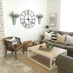 Cozy Farmhouse Living Room Design Ideas You Can Try At Home 83