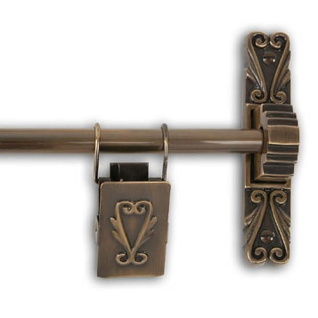 Add a sense of elegance to your home with this Victorian scroll tapestry hanger. This sturdy brass tapestry hanging rod comes with stylized brackets, center supports, and decorative tapestry clips.