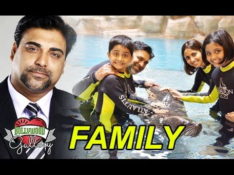 Ram Kapoor Family With Wife, Mother, Daughter and Son Photos