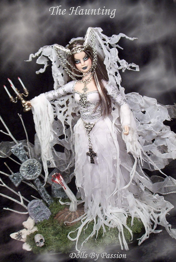 Isabella, The Haunting, an OOAK barbie doll by Elaine Donovan