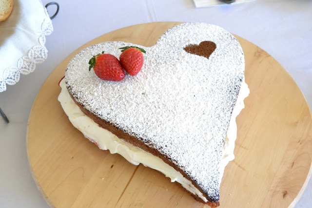 La chica de la casa de caramelo: Un Victoria cake para San Valentín