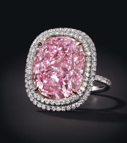 Le diamant rose de Christie's
