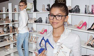 Zendaya debuts her first shoe collection at Las Vegasindustry event | Daily Mail Online