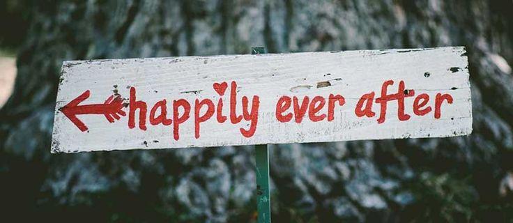 Έρωτας ή καριέρα λοιπόν; Αυτό είναι το ζήτημα; Κι εγώ σου λέω ότι θέλεις να διαλέξεις! Μπορείς; Υπάρχει έρωτας στις μέρες μας; Και αν ναι πόσο κρατάει; Και όταν μιλάμε για καριέρα τι εννοούμε; #SpiceOfLifeGR #Blog #Relationships
