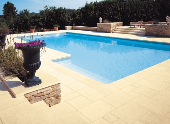 Best 25 margelle piscine ideas on pinterest - Terrasse en pierre reconstituee ...