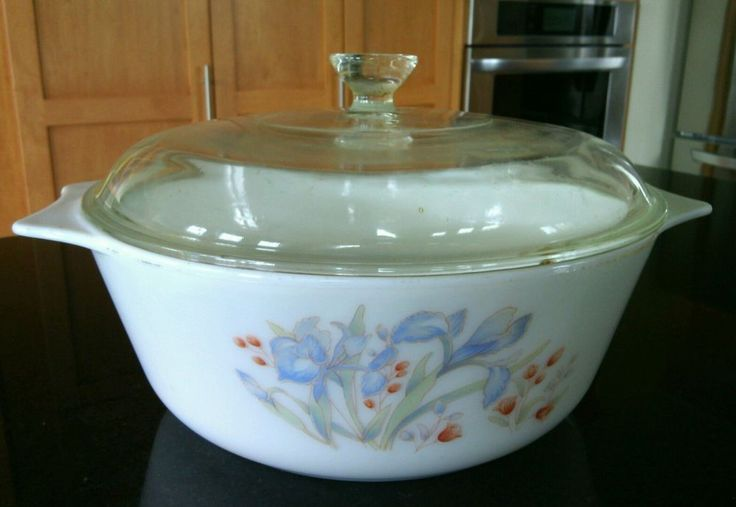 Pyrex Blue Iris 2 Qt Round Covered Casserole White Dish Baking Glass Lid Kitchen | eBay