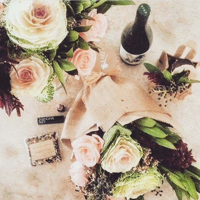 Hey Melbournites, if you're looking for flowers and gifts, check out @theposystory - they offer a stunning range  #melbourneflorist #thewildnothing #gifts #madeinmelbourne #teas #melbournegifts
