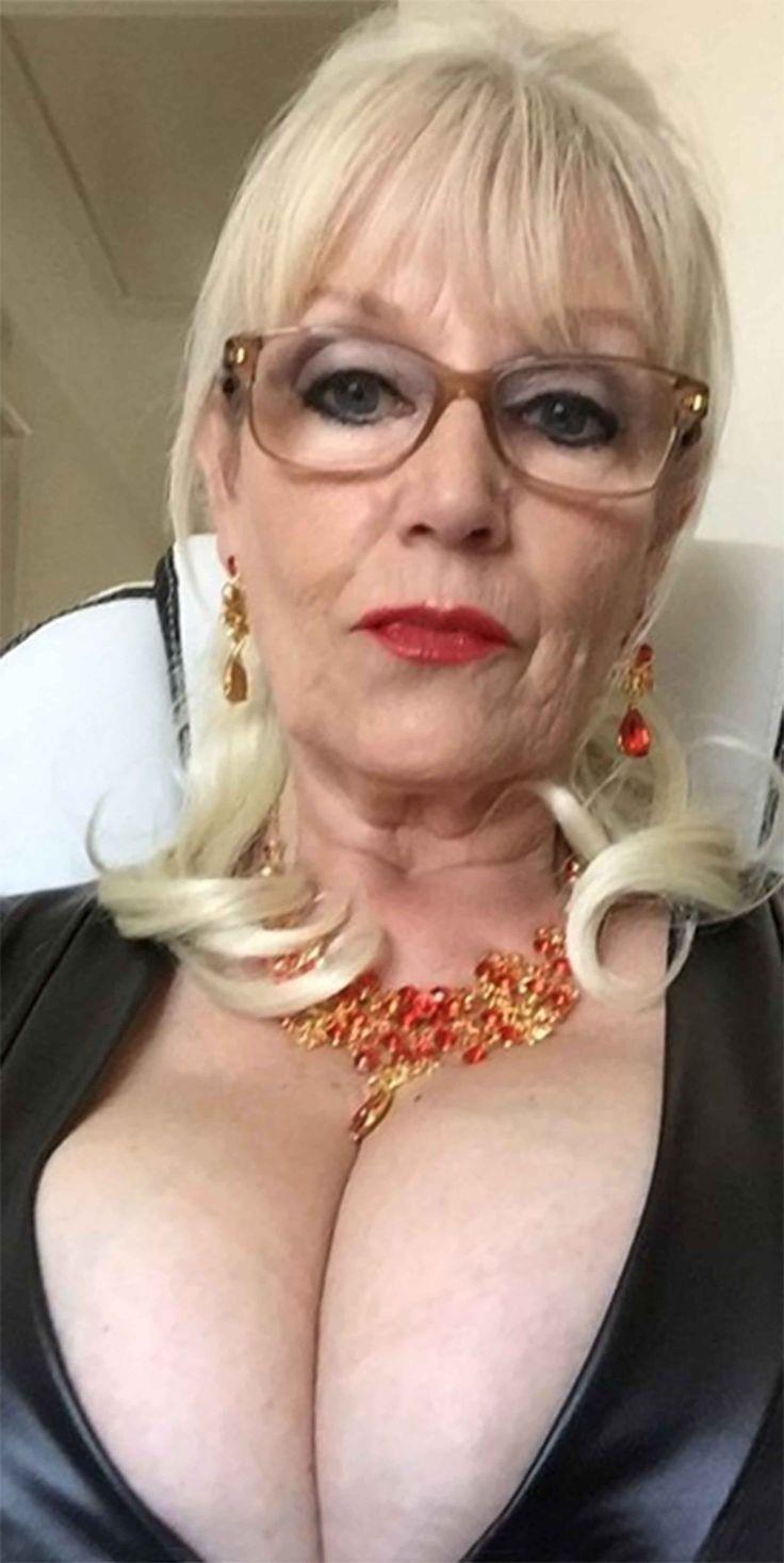 Sex Bilder von reifen Damen Lehrer