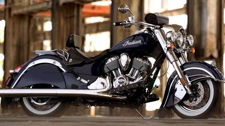 I want this bike. The 2014 Indian Chief Classic is everything an Indian Motorcycle was and ever should be.