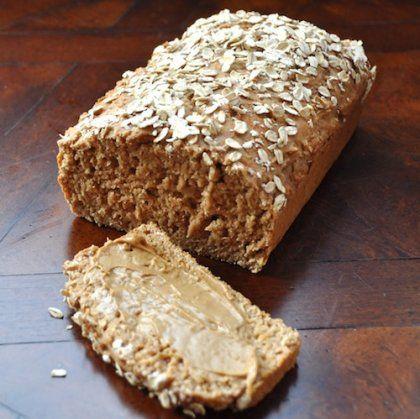Το πιο νόστιμο και… διαιτητικό ψωμί σε 3 βήματα!