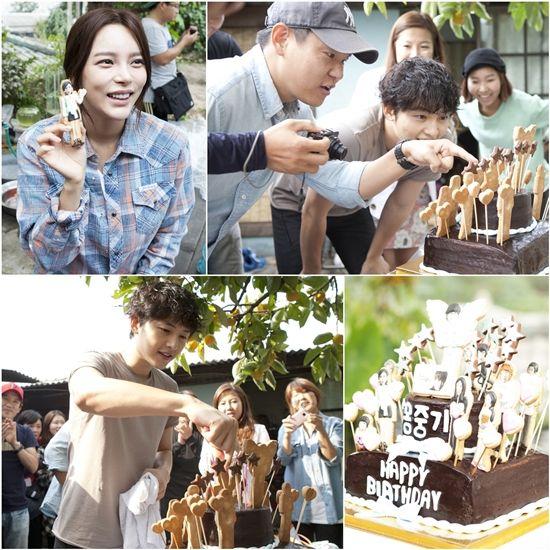 Song Joong Ki celebrates his 28th birthday on the set of 'Nice Guy'