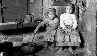 Galicia 1924-26.      (fotografa Ruth Anderson)