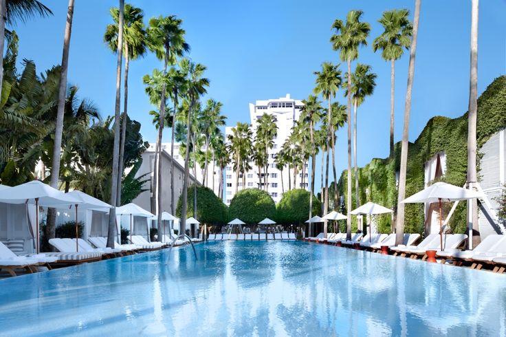 Miami Beach: DELANO HOTEL Projetado pelo designer francês Philippe Starck, o Delano é um hotel que apresenta decoração moderna e clean. Restaurante de cozinha orgânica, beach club, lounge, centro fitness e spa no último piso são alguns dos highlights deste luxuoso empreendimento.