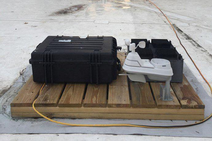 Dal MIT il dispositivo che produce energia elettrica dal nulla