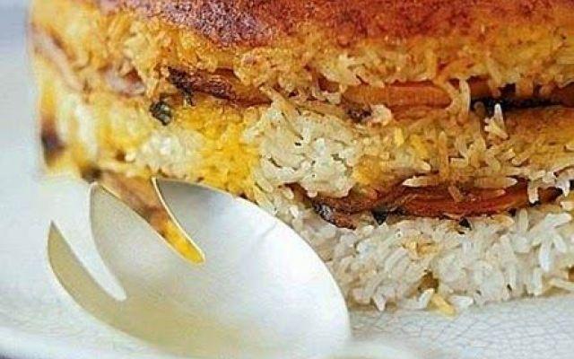 Tadik una ricetta iraniana dalla ricca tradizione di dolci mediorientali #ricette #cucina #tadik