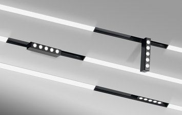 Profile completely retractable (trimless) inextruded aluminium painted white. Includes disposable screen for shaving, plastering, painting and polycarbonatediffuser or micro prismatic.  - With wing …