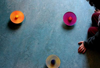 Mama's Little Muse: CD Color Spinners: basic color theory explored