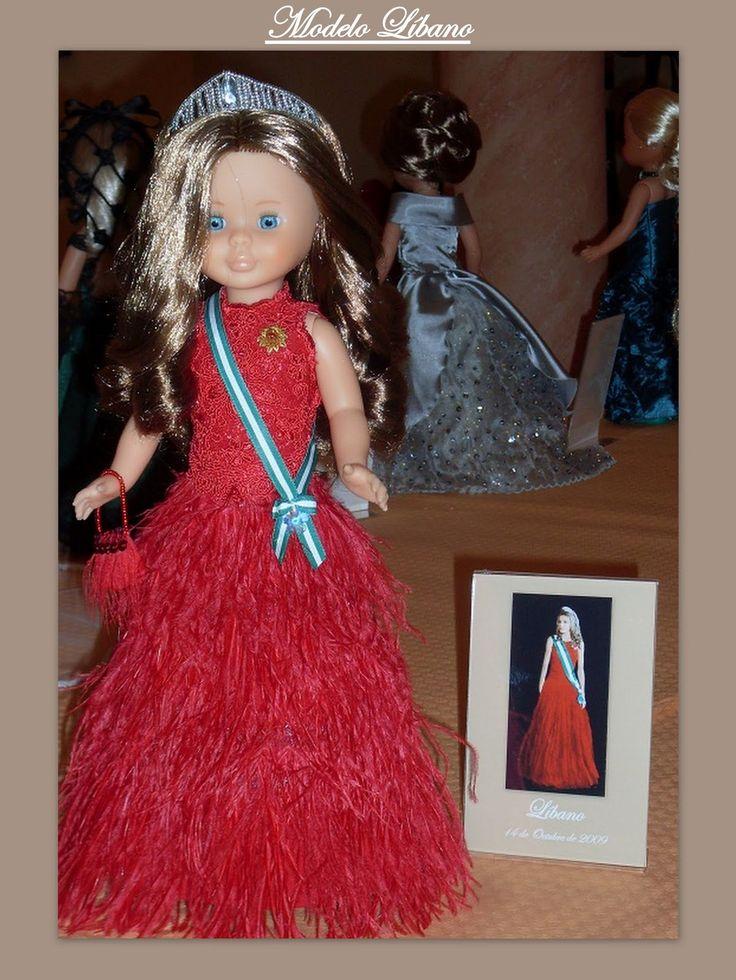 Como una princesa de verdad           Herminia Marcado nació y vive en Peyarroya-Pueblonuevo (Cordoba). Tuvela oportunidad de conocer...