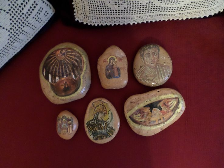 ICONS ON PEBBLES