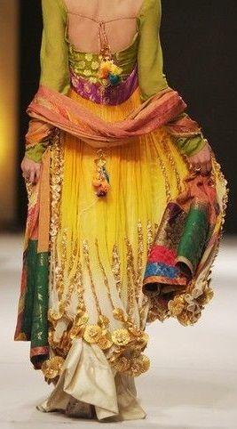 Pakistani Fashion Week 2011