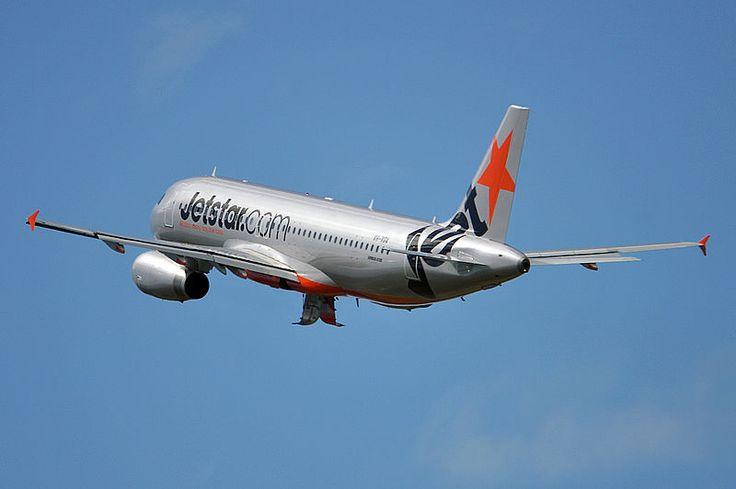 Jetstar Airways Airbus A320-232 VH-VGA departing Brisbane-International, April 2012. (Photo: Robert Frola)