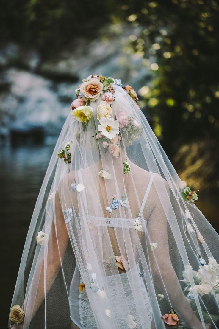A Modern Ophelia | Bridal Fashion Editorial | Wedding Inspiration | Veil adorned with flowers | Lara Hotz Photography | HOORAY! Mag