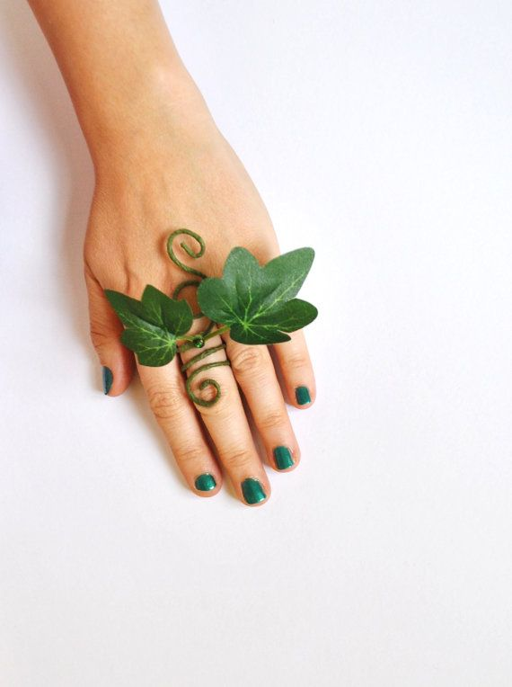 Poison Ivy ring adjustable poison ivy fancy by InMyFairyGarden