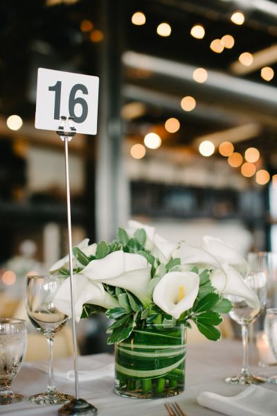 Calla Lily centerpiece: http://www.stylemepretty.com/oregon-weddings/portland/2015/02/06/urban-meets-romantic-portland-wedding/ | Photography: Aaron Courter - http://www.aaroncourter.com/
