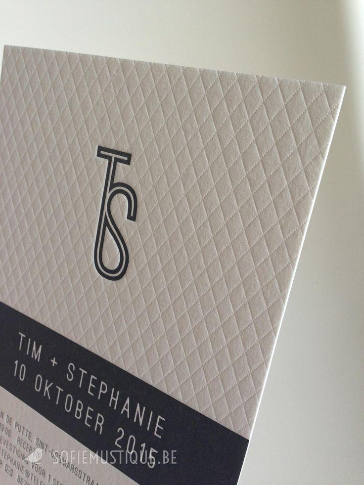Huwelijksuitnodiging Tim & Stephanie (avondfeest, letterpress) - sofiemustique.be Huwelijksuitnodiging Letterpress Tim + Stephanie | wedding invitation letterpress | modern, classic, sophisticated, pattern, logo | sofiemustique.be