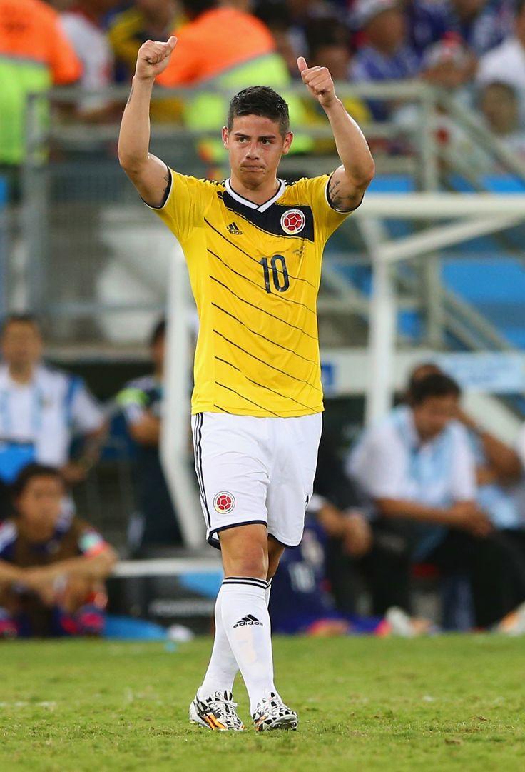 James Rodriguez of Colombia tranquillos todo esta súper bien!