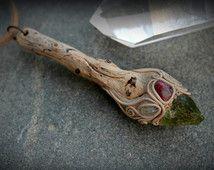 Magic Wand klei Hangers organische juwelen rauwe ruwe kristallen edelsteen geest elven fairy boho heks ambacht wicca sieraden wizard stok