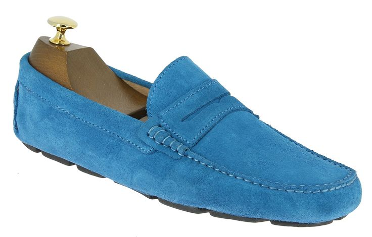 Center 51 vous présente le modèle  Mocassin souple Baxton tom daim bleu ciel à 69,00 €  retrouvez-le sur https://www.center51.com/fr/chaussures-ete-pour-homme/840-mocassin-souple-baxton-tom-daim-bleu-ciel.html