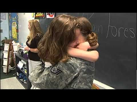 Surprise Military Homecoming: Raw Footage