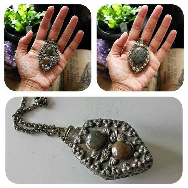 Vintage jewelry at Hot Shaman (insta: @hot_shaman)