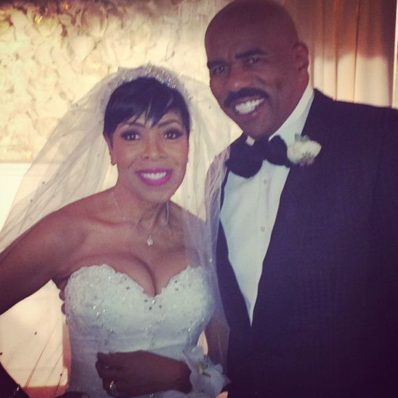 WEDDING SCOOP: Shirley Strawberry Of 'The Steve Harvey Morning Show' Weds Ernesto Williams – See Pics & Video! #ShirleyStrawberry #Weddings #SteveHarvey #BerryMarried