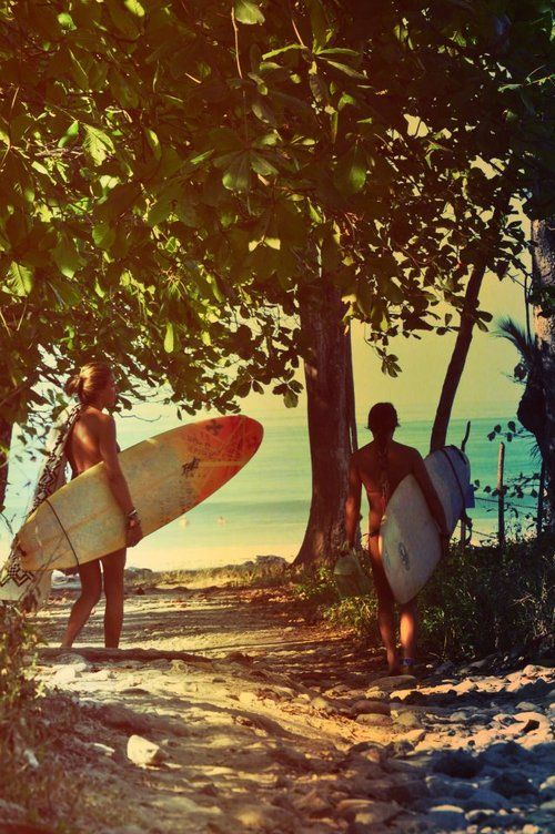 Going to catch some waves. #hawaii #surfers #boards