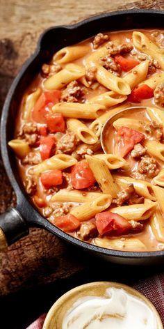 Casserole de nouilles à la viande hachée crémeuse   – Rezepte