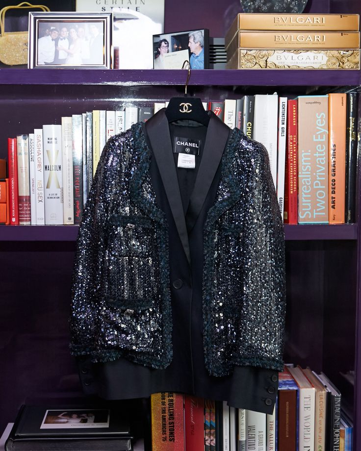 Sparkle, sparkle. http://www.thecoveteur.com/brett-heyman/Thoughts, Chanel Sparkle, Coco Chanel, Chanel Jackets, Brett Heyman, The Coveteur Chanel, Instagram Fashionaddictaus, Vintage Green, Coats