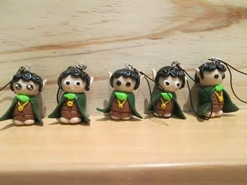 Clauers de Frodo #fimo #fimoclay #fimocreations #fimocharms #fimoart…