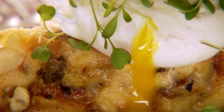 mushroom and cheese brioche: Food Network, Chee Brioches, Brioches Recipes, Cheese Brioches, Comforter Food, Breakfastbrunch Recipes, Breads Puddings, Network Canada, Chuck Hugh