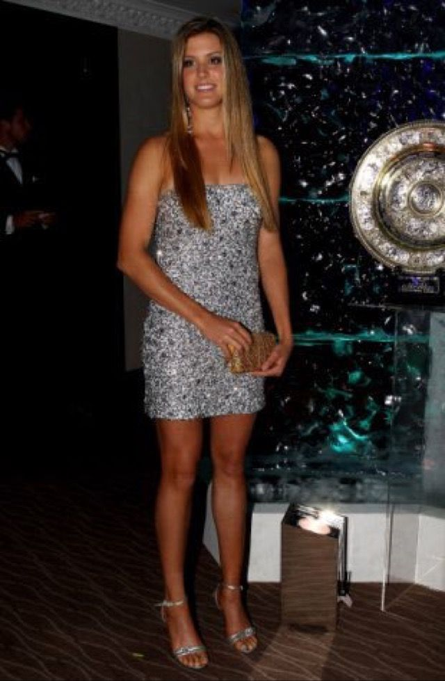Pin By Mike Bek S On Tennis Dresses For Wimbledon Eugenie Bouchard Celebrity Dresses