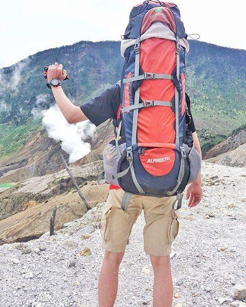 [Visit www.micefx.com for more...] Alam adl tempat ternyaman kedua stelah Pelukan.. ehhh..ehh . . . #gunungpapandayan #garut  #exploregarut #mtpapandayan #papandayan #hutanmati #consina  #consinaofficial  #consinaalpinist  #pendakiindonesia #pendakiceria #instamountain #camprail #hiking #adventure #indomountain #insta_gunung #wild #ngetrip #natgeo #travelgram #travel #tourism #travelgram #popular #trending #micefx