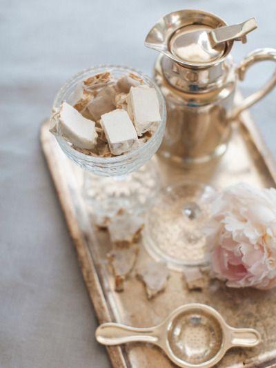 Wedding sweets: http://www.stylemepretty.com/destination-weddings/2015/04/07/romantic-dubai-bridal-inspiration/ | Photography: Maria Sudin - http://mariasundin.com/