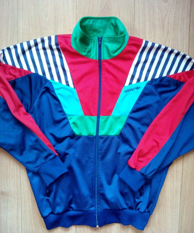 Adidas Originals vintage 90's mens tracksuit top jacket,in good condition! Got small hard visible marks! Size S ( see measurements on foto)    ** Please see my description and pictures before bidding.      *** 14 Days Money Back Guarantee I describe all items as they are and also take sufficient pictures to show you the item you will be getting. I also respond immediately to all inquiries      *** Please do not leave negative feedback before contact us,We will try to solve any problem that…