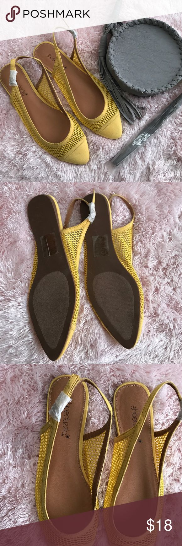 Shoedazzle flats NWOT yellows shoedazzle flats beautiful color great for summer Shoe Dazzle Shoes Flats & Loafers