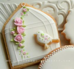 Imagine this cookie display when your guests arrive to #bridal #brunch!  la gabbietta e l'uccellino