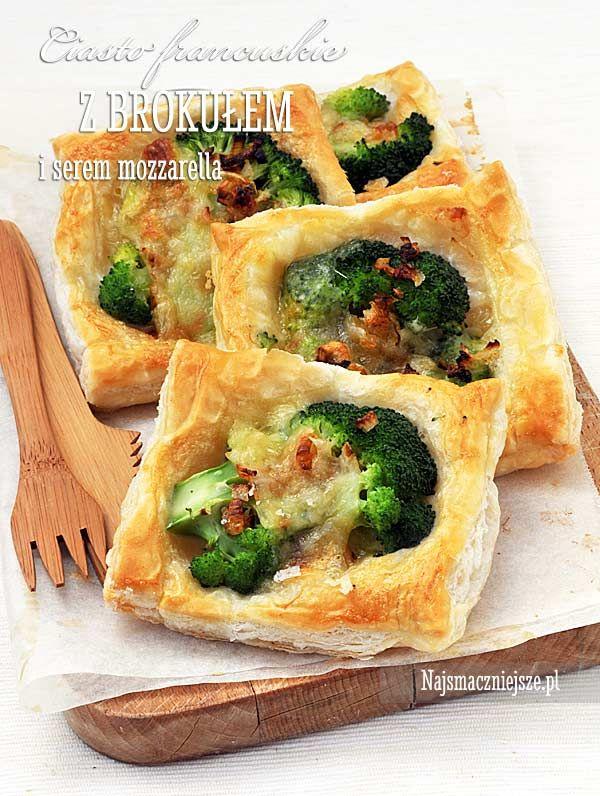 Ciasto francuskie z brokułem i mozzarellą, brokuł, ciasto francuskie, przekąska z brokułem, http://najsmaczniejsze.pl #food #przepis #brokuł