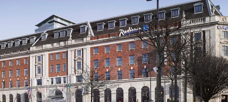 Radisson Blu, Leeds - http://hoteldesigns.net/latest-hotel-review/radisson-blu-leeds/